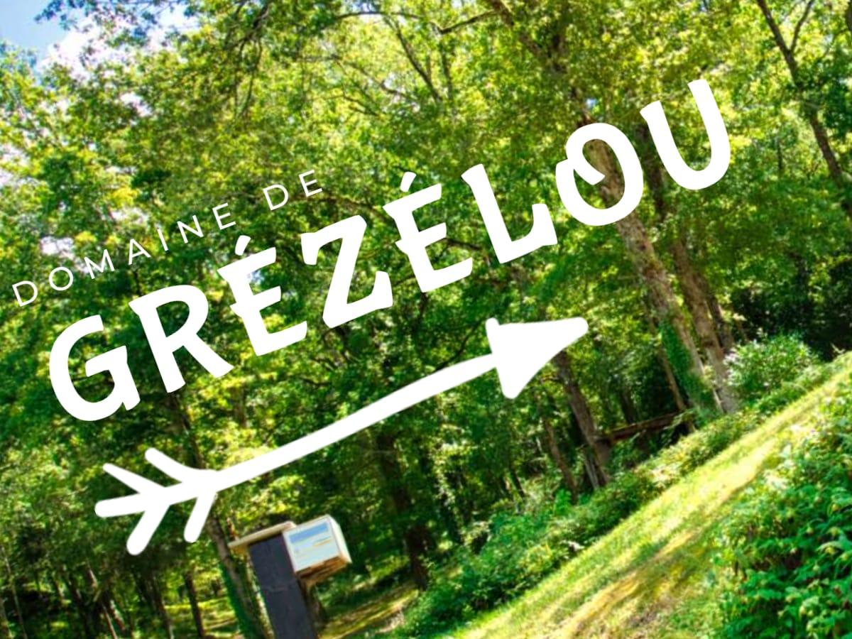 Logo et site Internet gîte Grézélou